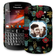 Bright Floral on Black BlackBerry 9900/9930 Bold ColorStrong Slim-Pro Case